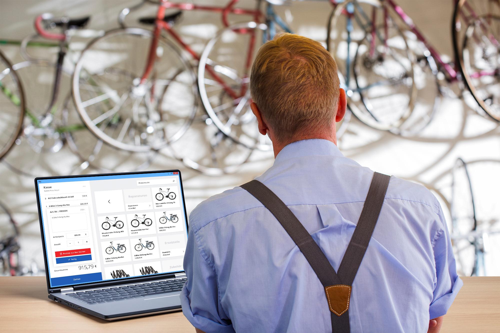 Registrierkasse: Blick auf Laptop | orgaMAX Bürosoftware